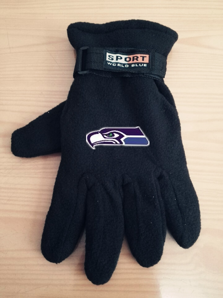 Seahawks Winter Velvet Warm Sports Gloves3