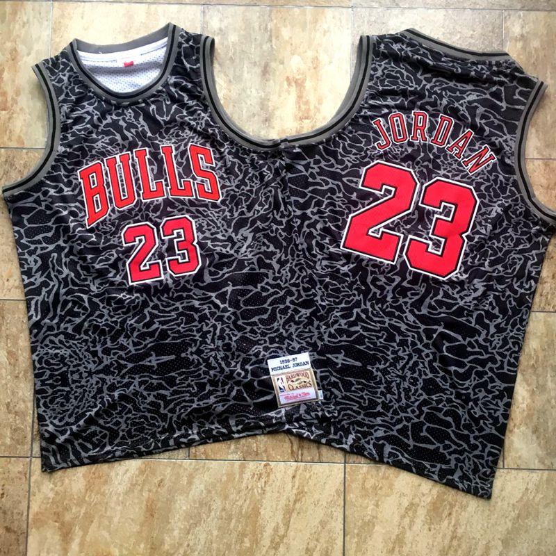 Bulls 23 Michael Jordan Black 1996 97 Hardwood Classics Jersey