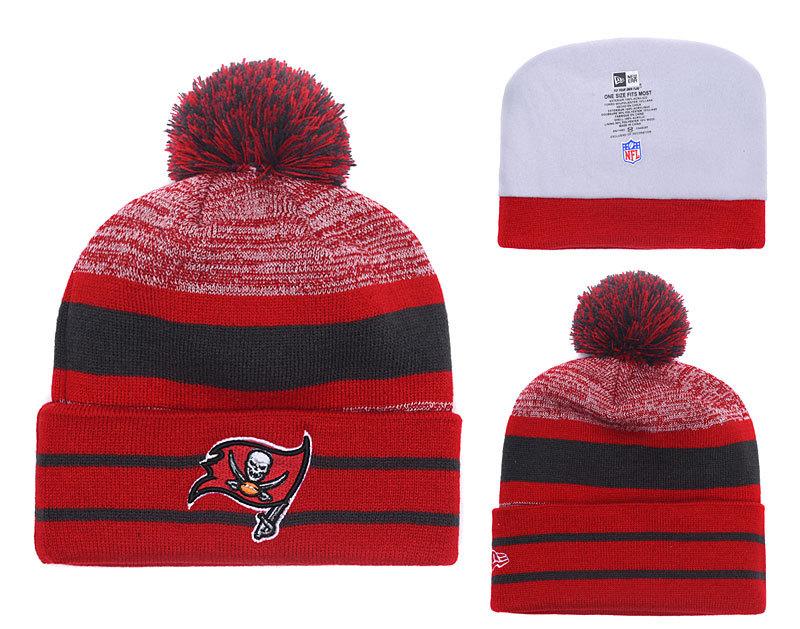 Buccaneers Team Logo Red Pom Knit Hat YD
