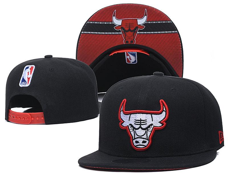 Bulls Team Logo Black Adjustable Hat GS