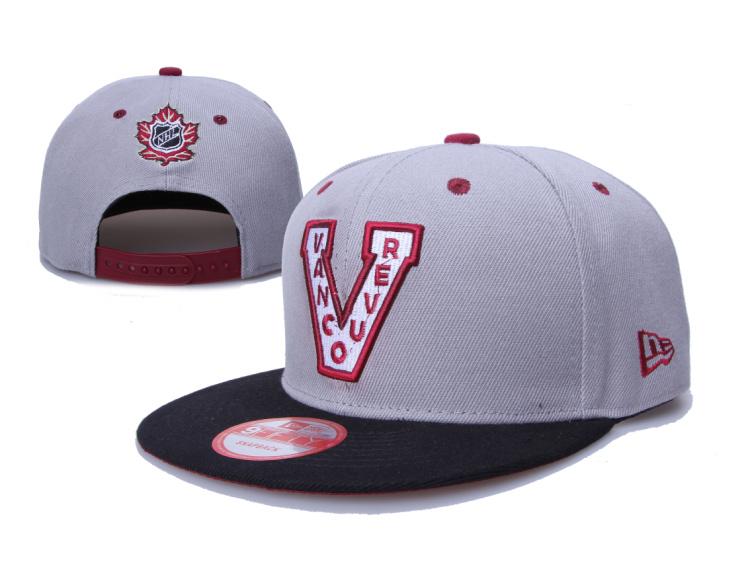 Canucks Team Logo Gray Adjustable Hat LH